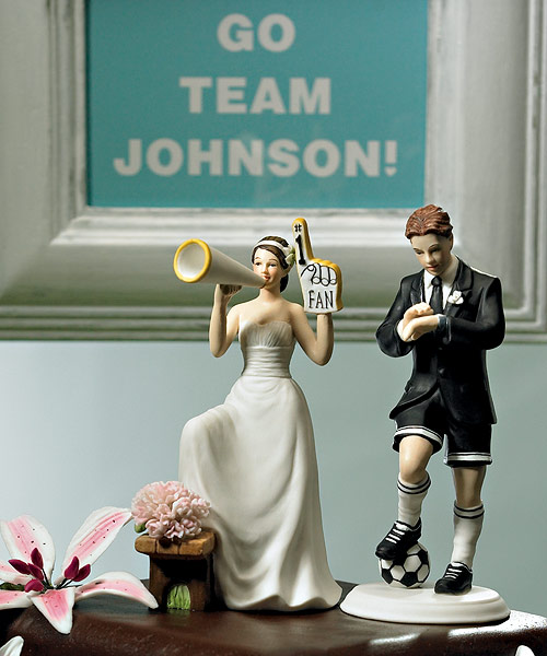 Weddings & … Funny Cake Toppers – Weirdomatic