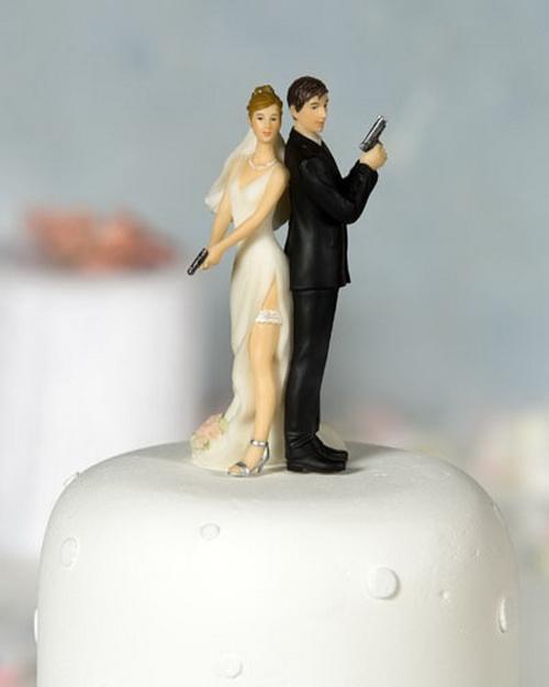 Hilarious Weddin Cake Topper